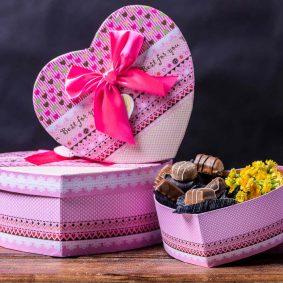 Set 3 cutii inimă cu fundă – roz c1 - craftup.ro