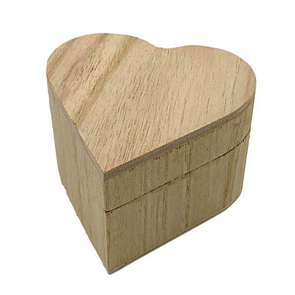 Cutie inimă din lemn cu capac 8,5x5,6cm 1