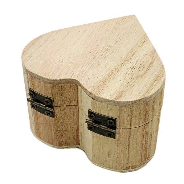 Cutie inimă din lemn cu capac 8,5x5,6cm 3