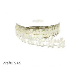 Aplicații decorative cu flori - alb - craftup.ro