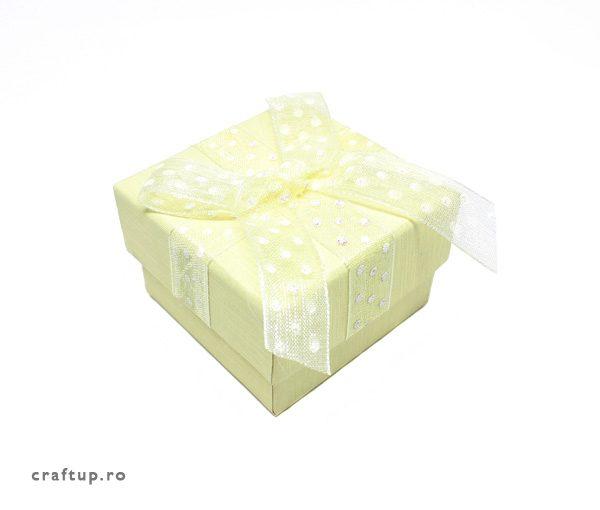 Cutie cadou cu fundă și buline pentru inel sau cercei - galben - 1 - craftup.ro